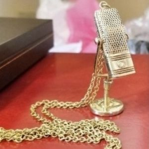 Vintage 10K Chain w Articulated Microphone